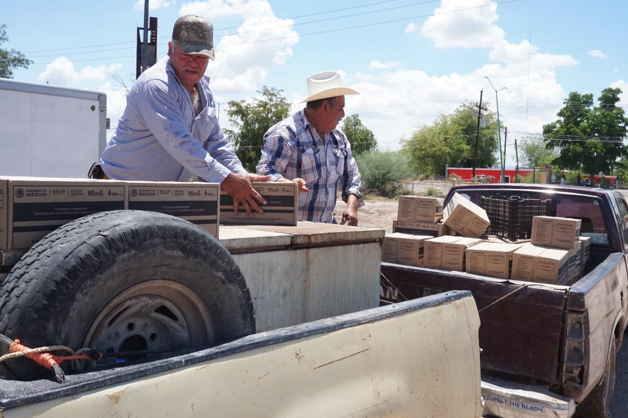 Photo of Sistema DIF Sinaloa entrega despensas a cientos de pescadores de El Fuerte