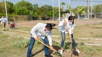 """Photo of Inicia DIF Ahome programa """"Cultiva un recuerdo"""" en Parque Los Naranjos de Los Mochis."""