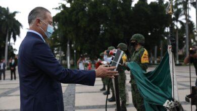 Photo of Quirino encabeza el acto de izamiento de bandera con motivo del 211 aniversario de la Independencia.
