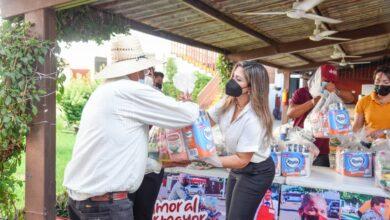 """Photo of En la campaña """"amor al por Mayor """"  DIF Ahome, ha Entregado  9 mil 900 Despensas con un Valor  de Más de  4 y Millones de Pesos."""