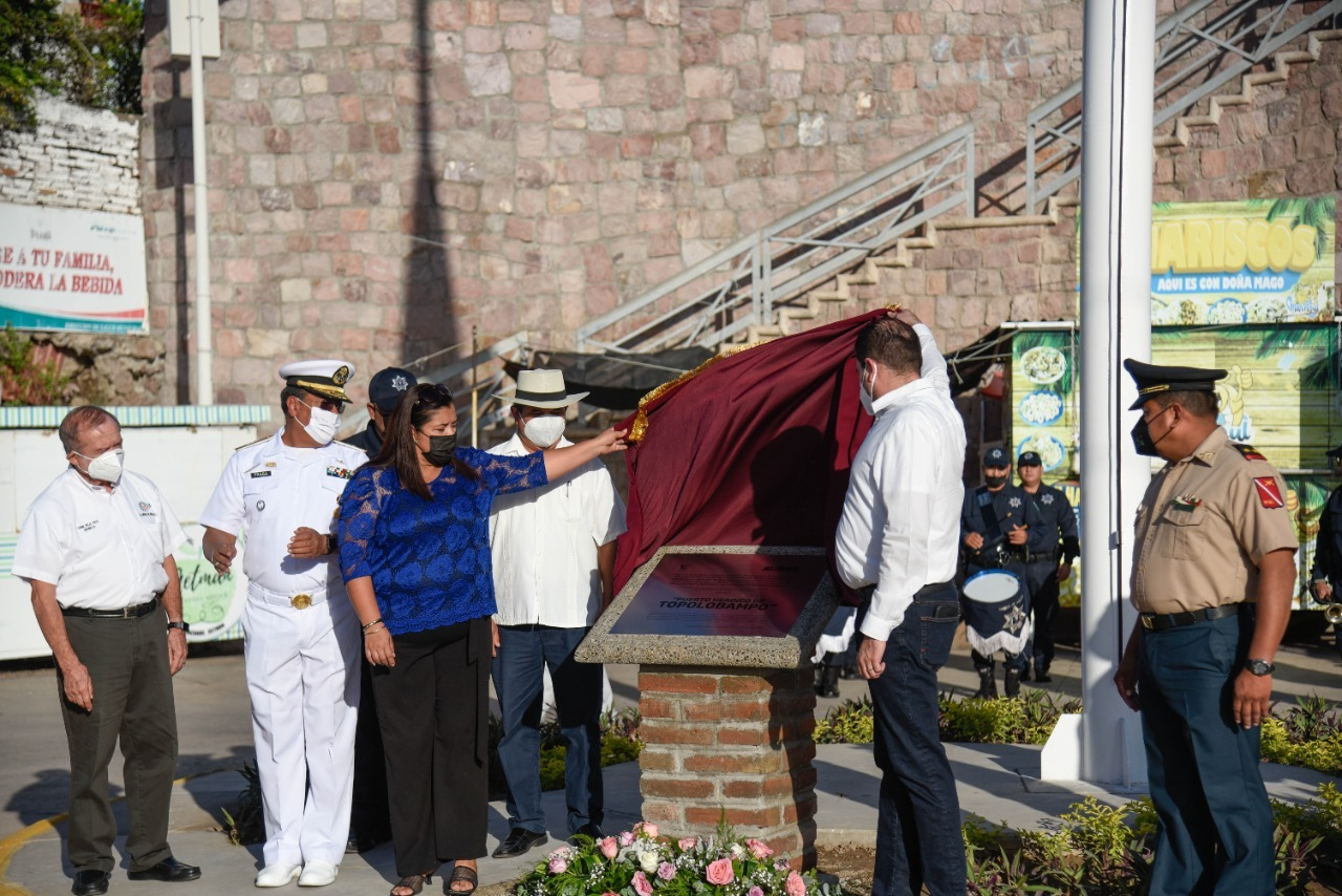 Photo of Develar el Nombre de Carlos Ramón Cital García en el  Centro Cultural y Puerto Heroico a Topolobampo.